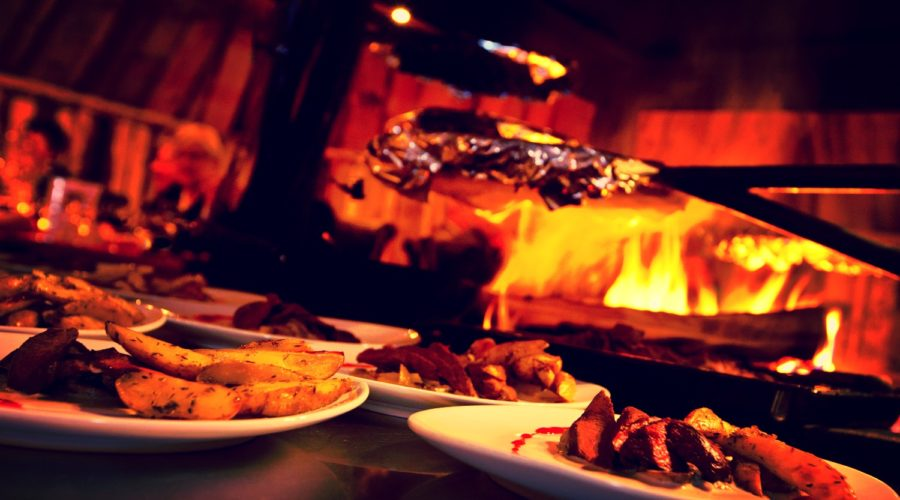 Dinner, Snowhotel Kirkenes 149a42 D21e17d4cda845b7860d75eeaefc3a89 Mv2