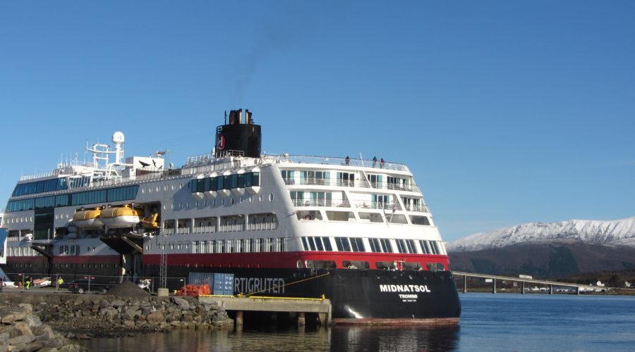 Midnatsol Ship Maria Sievers, Bo Img 6830