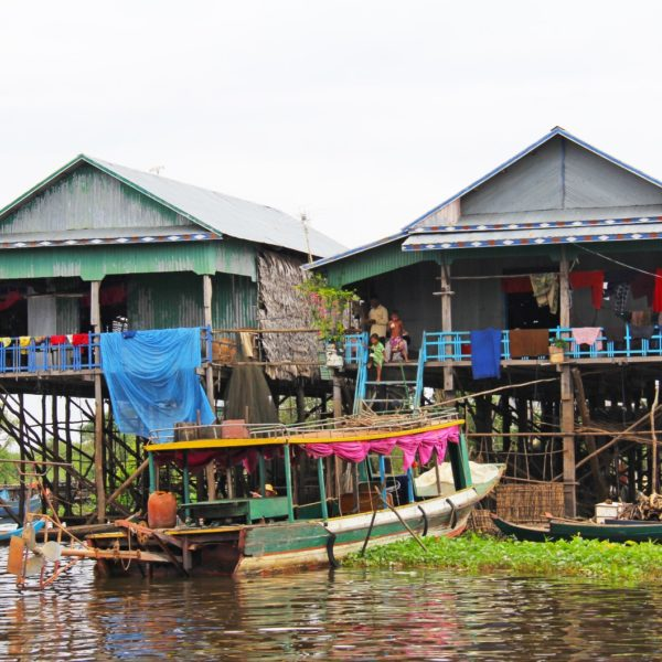 The Kampong Phluk Community On Tonle Sap