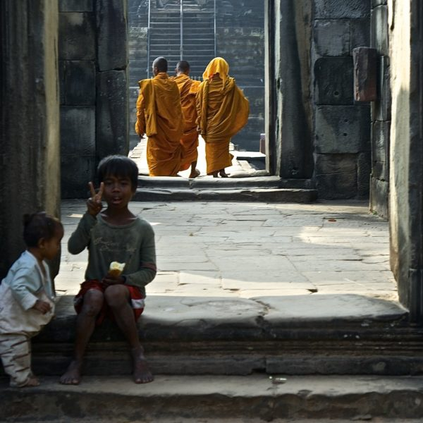 Monks And Kids Inside One Of Angkor Temple Wr