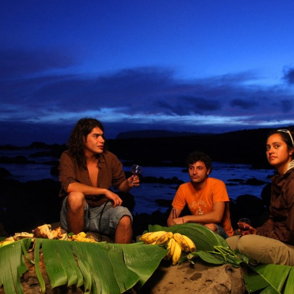 Cavernas En Isla De Pascua 4368 Web Ready