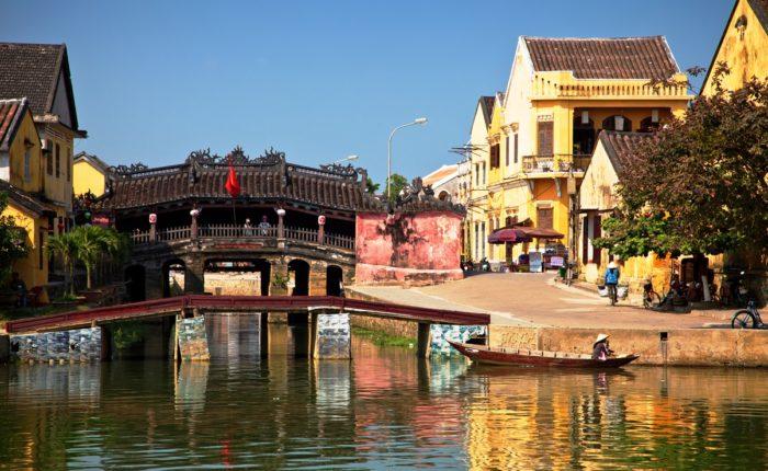 Shutterstock 89418094 Japanese Bridge At Hoi An